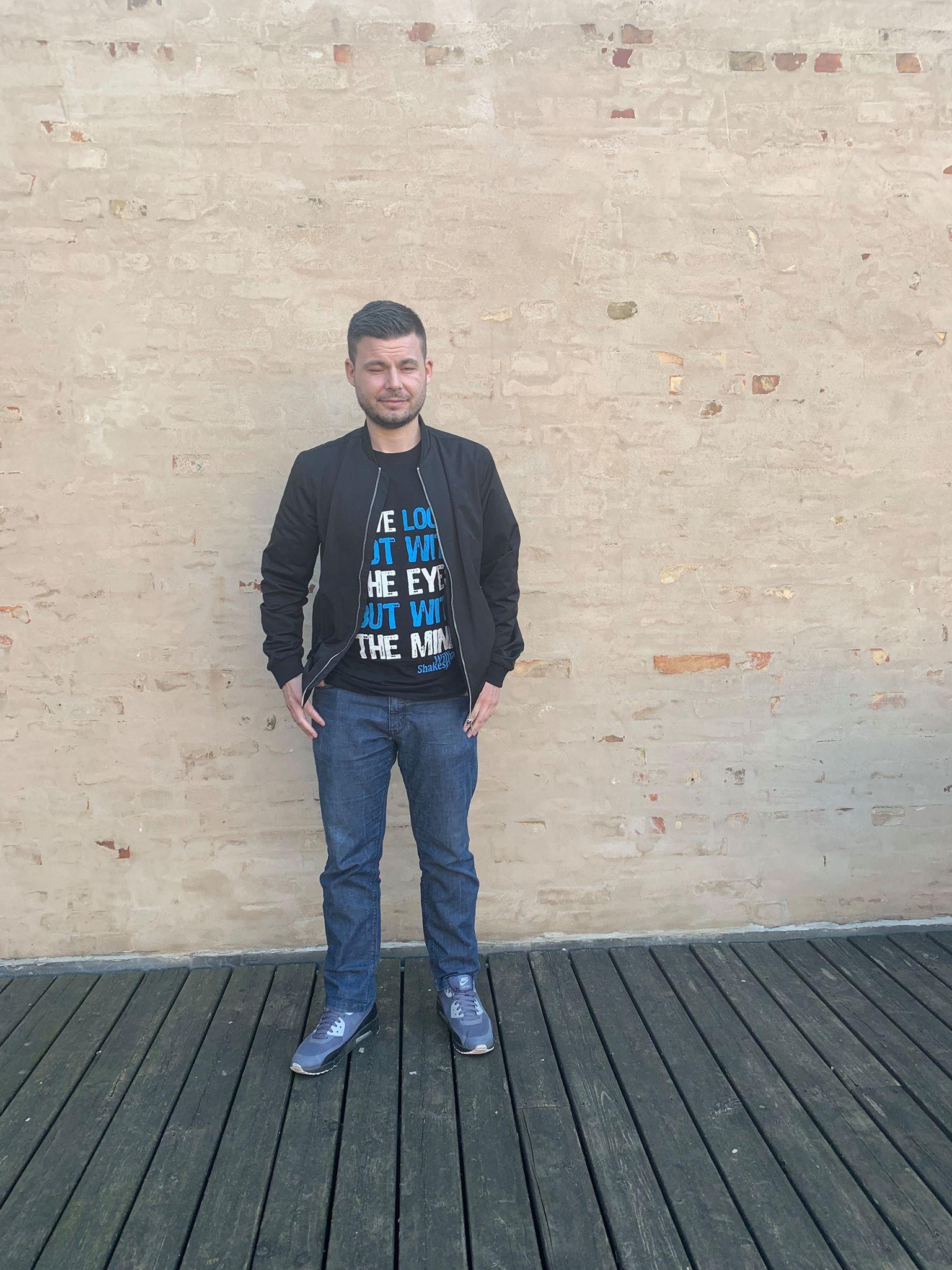 Ôzcan Ajrulovsk Forfatter (digter) Danmark_ Tyrkiet