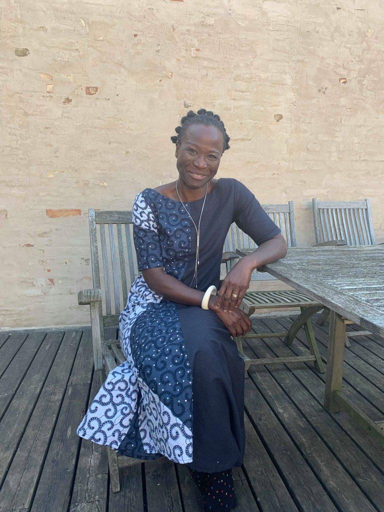 Ufuoma Overo Forfatter og Producer Island_Nigeria